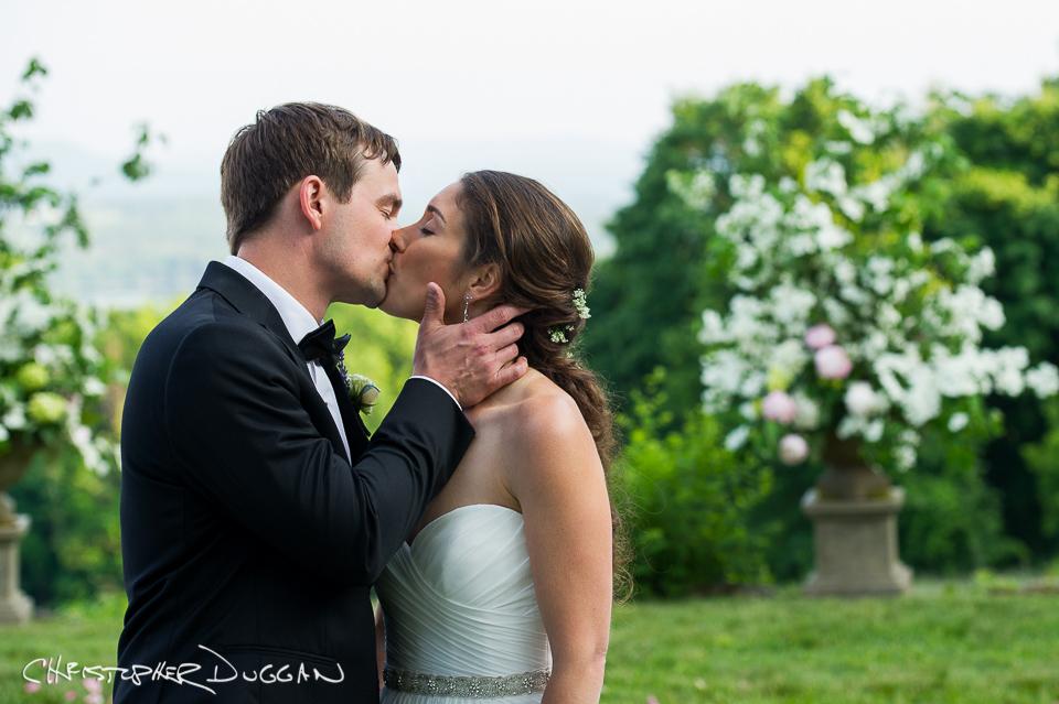 Berkshire Wedding Photos at Seranak | Charlotte & Scott